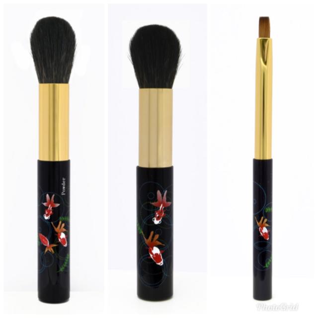 中国国際輸入博覧会への我が社の化粧筆の出品のサムネ
